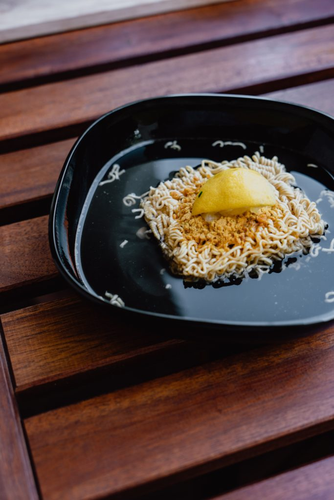 Ein frugales Mittagessen: Instant Ramen Nudeln