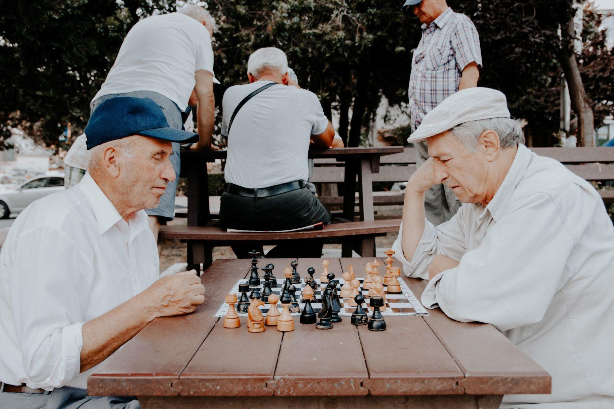 Rentner beim Schach