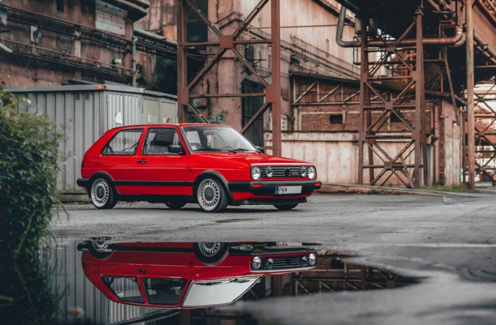 altes rotes Auto