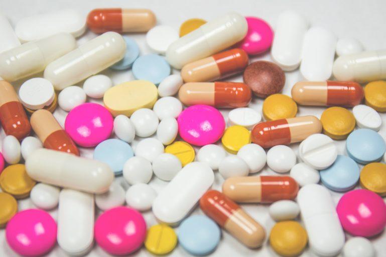 Medikamente und Pillen