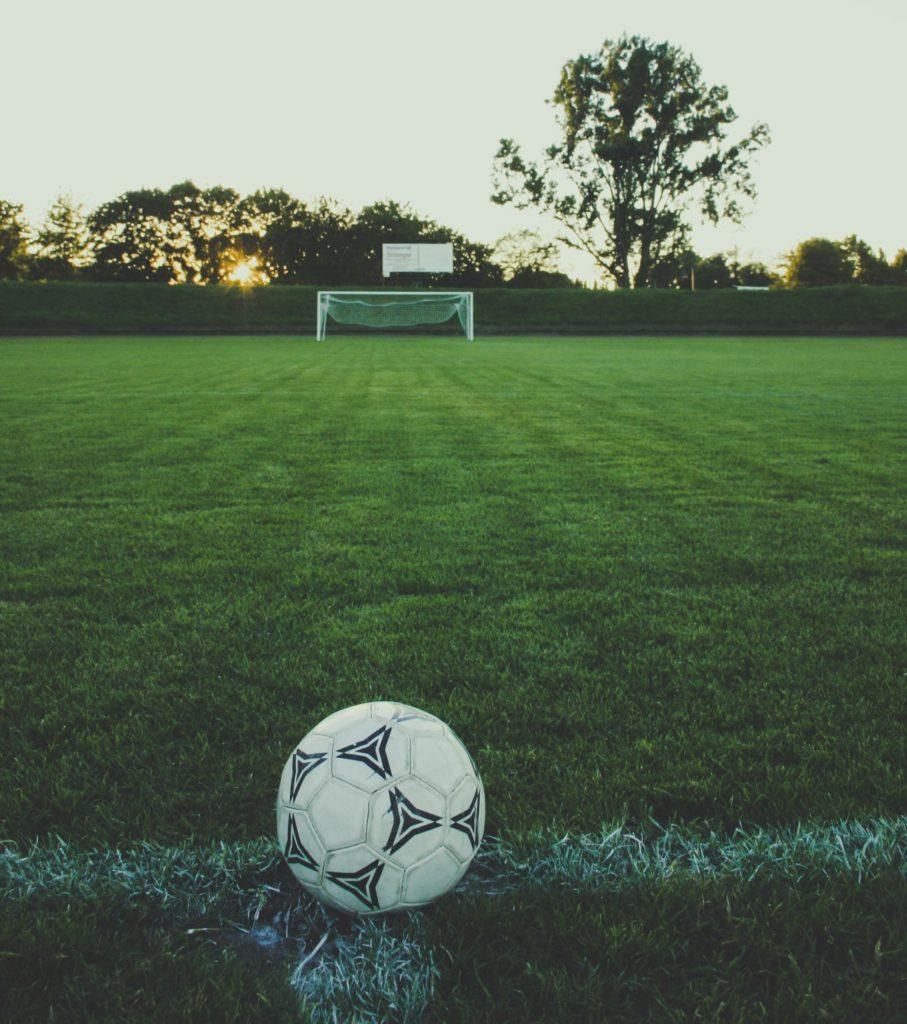 Fußball und Tor